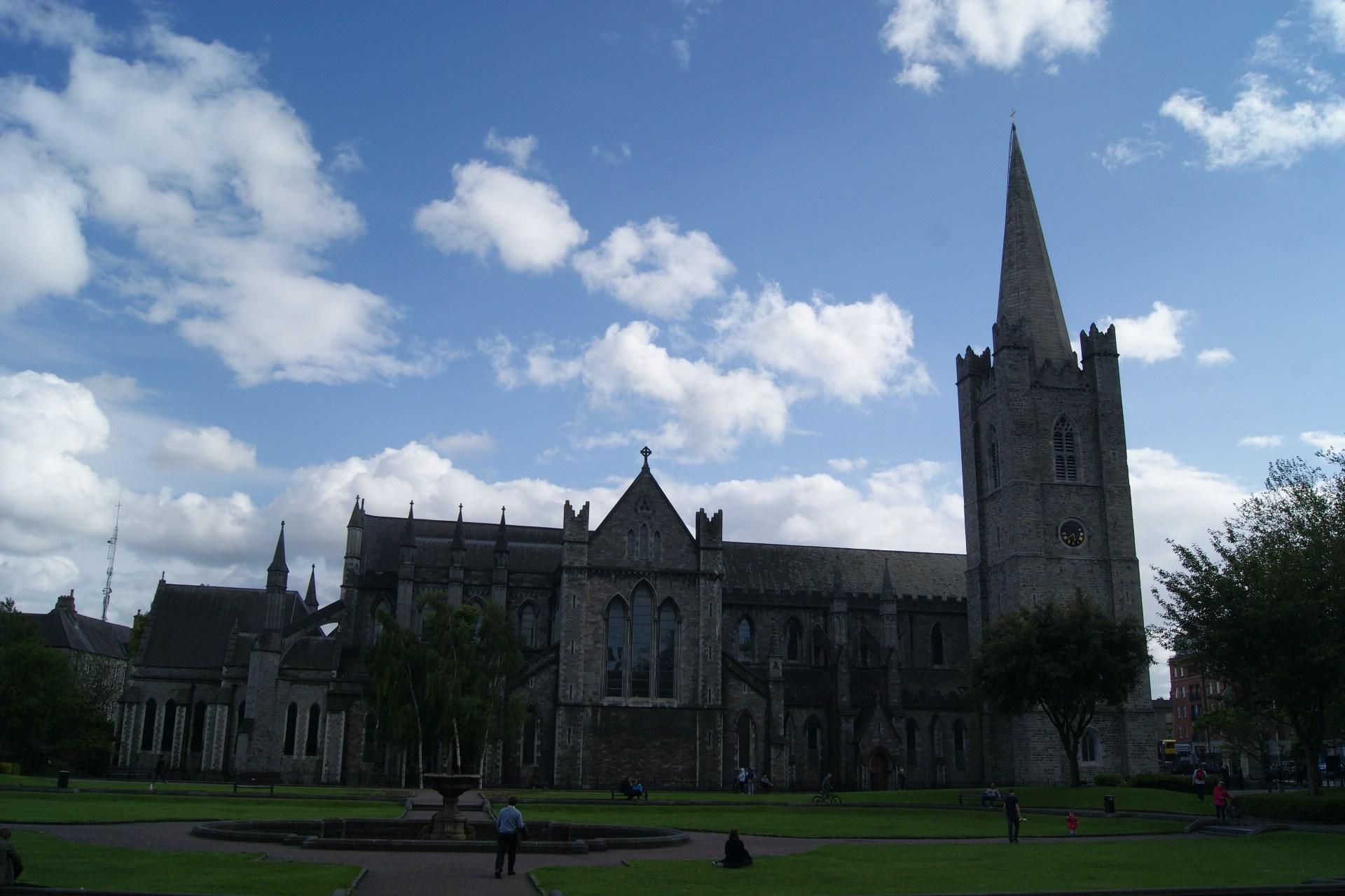 Dublin la boussole du voyageur photo irlande dublin cathdrale saint patricks cathedral fandeluxe Gallery