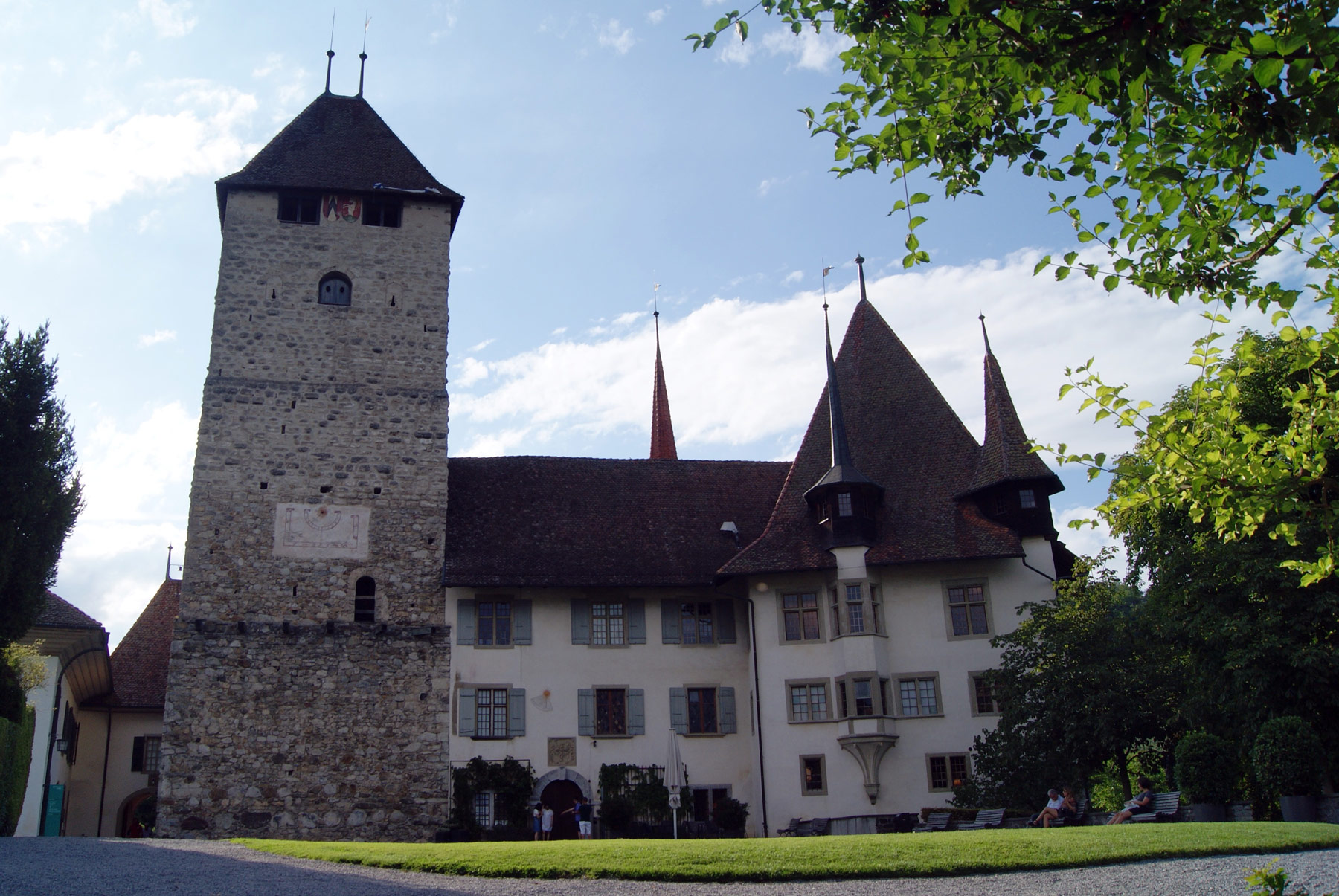photo Oberland Suisse ville Spiez chateau